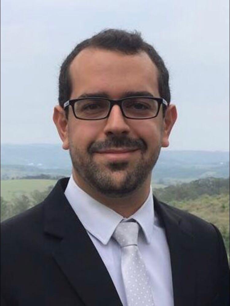 Dr. Rafael Garcia Benatti