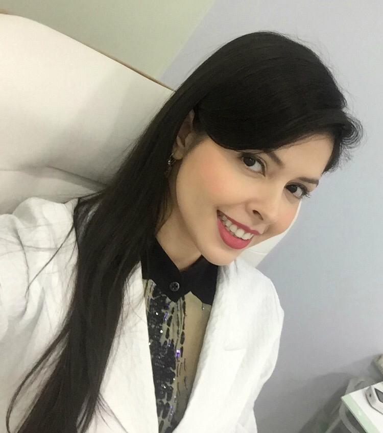 Dra. Bruna Tavares